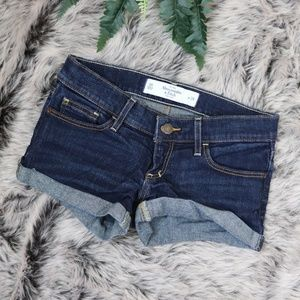 Abercrombie & Fitch Booty Jean Shorts Sz 00
